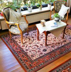 #klassiek #tapijt past perfect bij #antiek meubilair