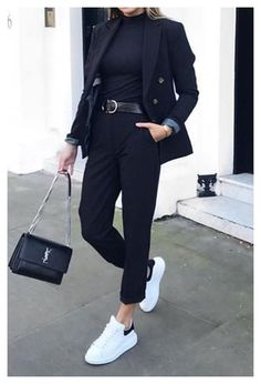 Business Casual Outfits For Work, Blazer Outfits Casual, Casual Mode, Cute Casual Outfits, All Black Professional Outfits, All Black Converse Outfit, Business Casual Fashion, Black Blazer Outfit Casual, Classy Chic Outfits