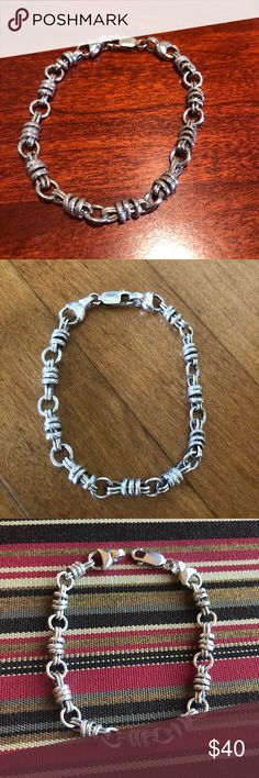 """Beautiful & Unusual Link Sterling Silver Bracelet! Neat Sterling Silver bracelet with shiny round, textured round and flat links!  7.5"""" long. 1/4"""" thick. Large lobster clasp. Weighs 14g. Hallmarked 925.  Very good used condition. Sterling Silver Jewelry Bracelets"""