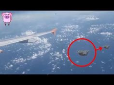 From a caught on the BBC News to a flying object dropping glowing orbs down on Earth, join us as we take a look at 10 UFO sightings caught on camera. Unexplained Phenomena, Unexplained Mysteries, Aliens And Ufos, Ancient Aliens, Ufos Are Real, Alien Videos, Ufo Footage, Project Blue Book, Believe