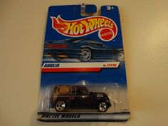 Hot Wheels 17 / 36 Anglia Panel Truck #077 Purple
