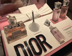 #dior now