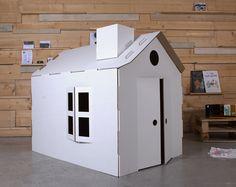 Made of cardboard - Diy Cardboard Toys Cardboard Crafts Kids, Cardboard Playhouse, Cardboard Toys, Cardboard Houses, Forts En Carton, Indoor Tent For Kids, Carton Diy, Ramadan Crafts, Toddler Fun