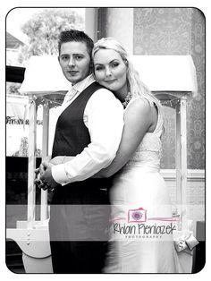 Weddings. Bride & Groom. Rhian Pieniazek Photography 2014.