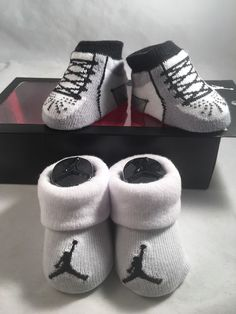 2 Pair Nike Air Jordan 0-6 Months Baby Booties Infant Black Gray Boys Girls 7834a3fef