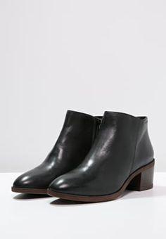 0cb5592d6816d2 bestil Vagabond YARIN - Ankelstøvler - black til kr 999