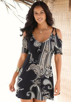 PAISLEY PRINT DRESS Cold shoulder styling and paisley prints are two of this season's trendiest looks! This print dress with its deep scoop front and short length adds some flirty fun to this wear-it-anywhere casual style. Casual Day Dresses, Unique Dresses, Cute Dresses, Summer Dresses, Mini Dresses, Beach Dresses, Party Dresses, Formal Dresses, Black Cold Shoulder Dress