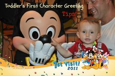 Disney Tips Toddler First Character Greeting - Let's face it ... sometimes the characters can be a bit scary for little ones!  Here's some great advice on how to make that first character greeting go smoothly>