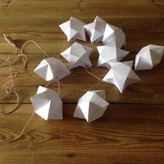 Guirlande étoiles origami
