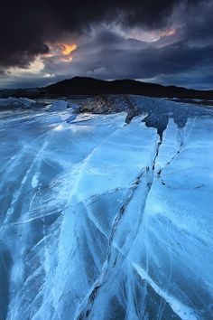 Photographer Örvar Þorgeirsson captured this in Skaftafell, Iceland. Ice is being moved slowly by glacier.
