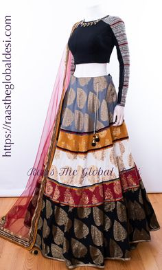 CHANIYA CHOLI 2019 Latest designer & custom-made Lehenga Choli online online.Browse our beautiful designer collection -featuring unique designs & embroidery! Available now in the USA, Canada & Australia! Indian Gowns Dresses, Indian Fashion Dresses, Dress Indian Style, Indian Designer Outfits, Indian Outfits, Designer Dresses, Garba Dress, Lehnga Dress, Lengha Choli