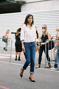 Emmanuelle Alt, Chief Editor at French Vogue, can't go wrong with this classic outfit
