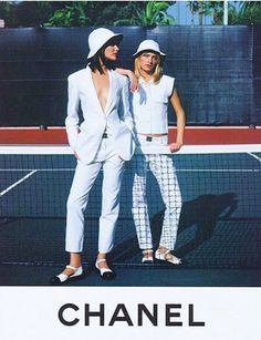Shalom Harlow & Amber Valletta photographed in Monaco by Karl Lagerfeld for CHAN. - Fashion Style - Shalom Harlow & Amber Valletta photographed in Monaco by Karl Lagerfeld for CHANEL SS - Chanel Fashion, 90s Fashion, Fashion Brands, Fashion Beauty, Classic Fashion, Fashion Kids, Fashion Shoot, Street Fashion, Trendy Fashion