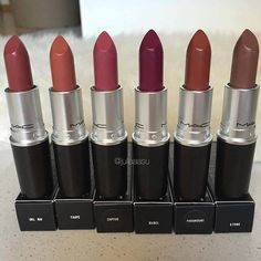 Find images and videos about lips, make up and lipstick on We Heart It - the app to get lost in what you love. Mac Makeup, Makeup Blog, Makeup Inspo, Makeup Lipstick, Makeup Cosmetics, Beauty Makeup, Mac Lipstick Shades, Fall Lipstick, Lipstick Colors