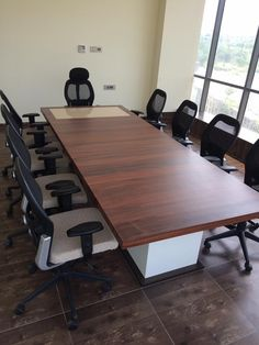 Office conference table manufacturer and supplier with model, size and colors etc.	http://www.diosimpex.com/officefurniture.html