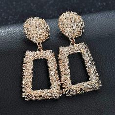 """Universe of goods - Buy """"KMVEXO Big Vintage Earrings for Women Gold Silver Black Geometric Statement Earring 2018 Metal Earing Hanging Fashion Jewelry"""" for only USD. Small Gold Hoop Earrings, Simple Earrings, Crystal Earrings, Statement Earrings, Women's Earrings, Black Earrings, Bridal Earrings, Fashion Earrings, Fashion Jewelry"""
