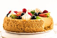 Cheesecake s ovocím chutí výborne a dá sa jesť donekonečna. Je rýchly, jednoduchý a skladá sa iba z iba pár ingrediencií. Cheesecake Recipes, Food, Essen, Meals, Yemek, Eten