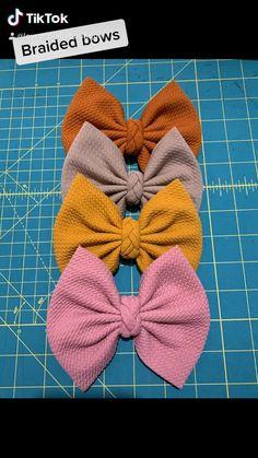 Sewing Headbands, Diy Baby Headbands, Baby Hair Bows, Diy Headband, Baby Headband Tutorial, Fabric Headbands, Diy Hair Scrunchies, Making Hair Bows, Diy Bow