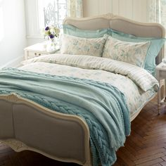 by Laura Ashley Emma Duck Egg Cotton Bedlinen -- We love this other example of great Laura Ashley bedding. It would be great for curling in a beautiful Laura Ashley chemise. White Bedroom Set, Bedroom Sets, Home Bedroom, Bedroom Decor, Bedroom Benches, Master Bedroom, Awesome Bedrooms, Beautiful Bedrooms, Laura Ashley Bedroom