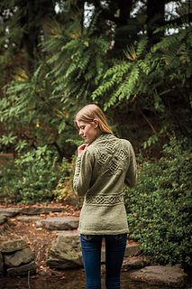 Featuring a cabled medallion on the upper back and cabled bands, edgings and waist, the Dealla Cardigan is a rich and luxurious knit. Make it in a jeweled color for an elegant look, or a bright color for an unexpected twist. Any way you make it, the Dealla Cardigan will be the pièce de résistance of your wardrobe.