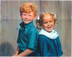 Jody and Buffy from Family Affair. I saw him when I was a kid with his family (and security around them) going up the St. Anissa Jones, Family Affair Tv Show, Johnny Whitaker, Mrs Beasley, 1970s Tv Shows, Old Shows, Comedy Tv, Old Tv, Classic Tv