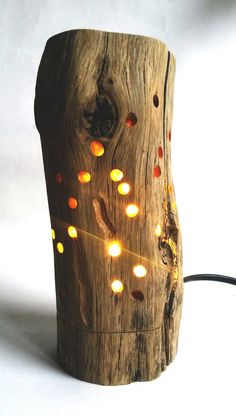 Night lamp light in 2020 Driftwood Furniture, Driftwood Lamp, Driftwood Crafts, Cool Lamps, Night Lamps, Wood Patterns, Henna Patterns, Diy Wood Projects, Lamp Design