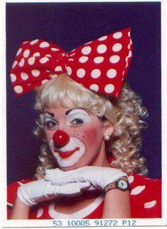 .Clowns Auguste Clown, Clown Clothes, Clown Party, Female Clown, Cute Clown, Halloween Costumes, Adult Halloween, Vintage Clown, Circus Costume