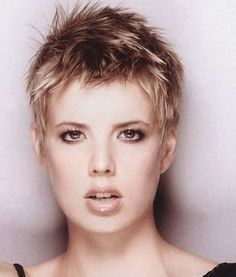 Very Short Hairstyles That You Should Definitely Very Short Hairstyles For Thin Hair Short Hairstyles For Balding Women
