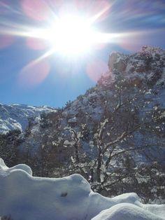 Snow lebanon tanourine