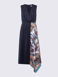 Fashion Sewing, Fashion Wear, Work Fashion, Fashion Dresses, Womens Fashion, American Top Model, Marni Dress, Silk Floral Dress, Fashion Lighting