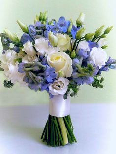 Blue Wedding bouquet FLORIMI - blue delphinium