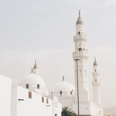 quiescent-soul:  bukangadisbiasa:  Masjid Quba', masjid pertama di dunia    #umrah2015 #madinah #masjidquba (at مسجد قباء | Masjid Quba'a)  The first mosque in Islam