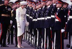2,394 Princess Diana White Photos and Premium High Res Pictures Princess Diana Images, Princess Diana Wedding, Princess Of Wales, Military Style Outfits, Military Fashion, Battle Dress, Liza Minnelli, Sarah Ferguson, Lady Diana