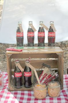 Retro ice cold bottles of Coke and a Pasta Salad in a mason jars just screams Picnic! Teenage Girls Birthday Party Ideas, Birthday Party Themes, Luau Birthday, Birthday Ideas, Picnic Games, Picnic Ideas, Coca Cola Party, Picnic Cooler, Company Picnic