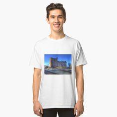 'frida popart' T-Shirt by verbisdiablo Zentangle, My T Shirt, Tshirt Colors, Female Models, Chiffon Tops, Classic T Shirts, Shirt Designs, Menswear, Tees