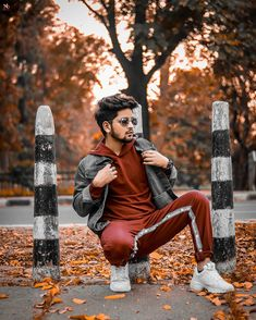 Blur Background In Photoshop, Love Background Images, Picsart Background, Holi Colours Images, Photoshoot Pose Boy, Best Free Lightroom Presets, Photography Poses For Men, Photography Editing, Fashion Photography