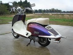 Retro Scooter, Scooter Custom, Honda Shadow, Scooter Parts, Motor Scooters, Vespa, Cars And Motorcycles, Joker, Vehicles