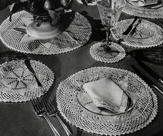 The English Daisy Luncheon Set #crochet pattern originally published in Modern Table Settings, Spool Cotton Book 88.