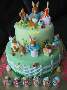 A cute Peter Rabbit birthday cake Peter rabbit cake Peter rabbit