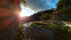 Sunset at Fall Creek Gorge in Ithaca NY [OC] [2880 x 1620]