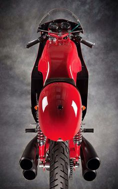 keep it in the living room. Racing Motorcycles, Vintage Motorcycles, Motorcycle Manufacturers, Motorcycle Types, Classy Cars, Mv Agusta, Old Bikes, Classic Bikes, Street Bikes