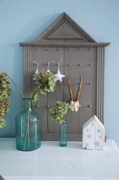 Bird Feeders, Ali, Outdoor Decor, Home Decor, Projects, Decoration Home, Room Decor, Ant, Home Interior Design