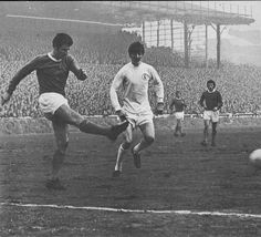 27th December 1969. Everton captain Brian Labone closed down by Allan Clarke during a must win game for Leeds.