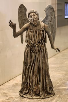 """Weeping Angel - absolutely my favorite villain species and creature concept on Dr. Who. """"Don't Blink!"""""""