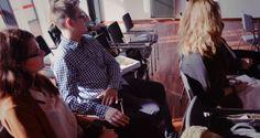 """""""Mass customization"""" indywidualizacja produktu na potrzeby klienta – czy to możliwe i opłacalne w przemyśle mody? – prowadzenie: Marzanna Lesiakowska- Jabłońska, 9. FashionPhilosophy Fashion Week Poland, fot. Kamil Mackowicz #letthemknow #szkolenia #fashionweekpoland #fashionphilosophy"""