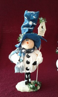 """Welcome Snow Birds"" Whimsical Snowman"