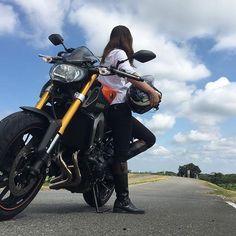 It's a long road, but it's worth it. - @makanani.m - #AsianGirlRider #亞洲女騎 #GirlsWhoRide #GirlsThatRide #MotoGirl #BikerGirl #BikerChick #Yamaha #YamahaMT09 #MT09 #MasterofTorque #RevsYourHeart #YamahaJapan #檔車女孩 #女騎士 #重機 #電單車 #女性ライダー #バイク女子 #모터사이클 #여성라이더 #Motosikal #xegắnmáy #motorsiklo #sepedamotor #มอเตอร์ไซค์ #мотоцикл