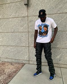Urban Outfits, Retro Outfits, Vintage Outfits, Black Men Street Fashion, Dope Outfits For Guys, Streetwear Fashion, Streetwear Men, Casual Street Style, Urban Fashion