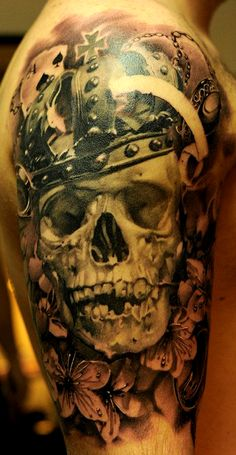 now THAT's a skull tattoo