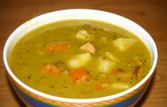 German Split Pea Soup we call in German: Erbseneintopf - This is another great soup that you will like. Authentic German recipe from Germany. Cooker Recipes, Soup Recipes, Typical Dutch Food, How To Cook Cauliflower, Split Pea Soup Recipe, Pea And Ham Soup, Dutch Recipes, German Recipes, Peeling Potatoes